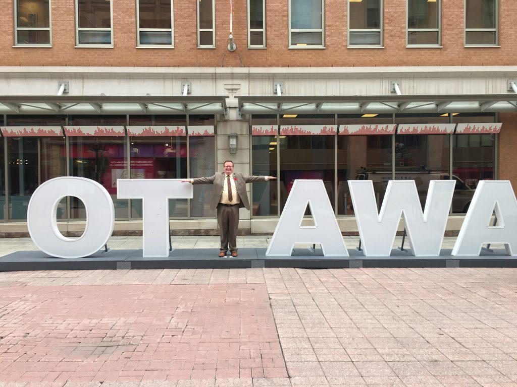 OTTAWA SIGN ON SPARKS STREET